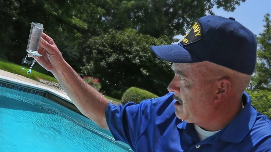 Should You Call Experts For Your Pool Maintenance?