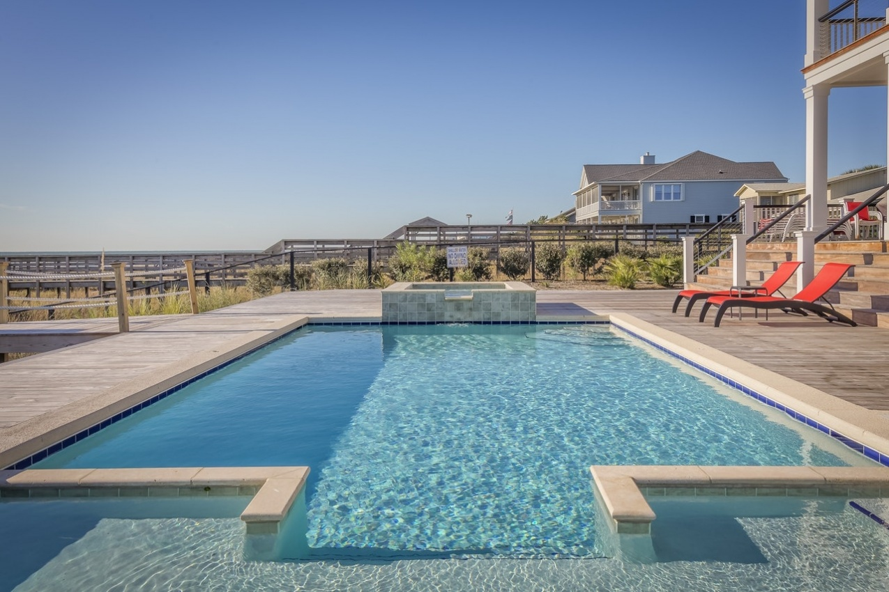Top pool safety tips to keep your family safe